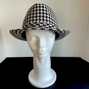 Milani designed in Italy women's Hat style Trilby